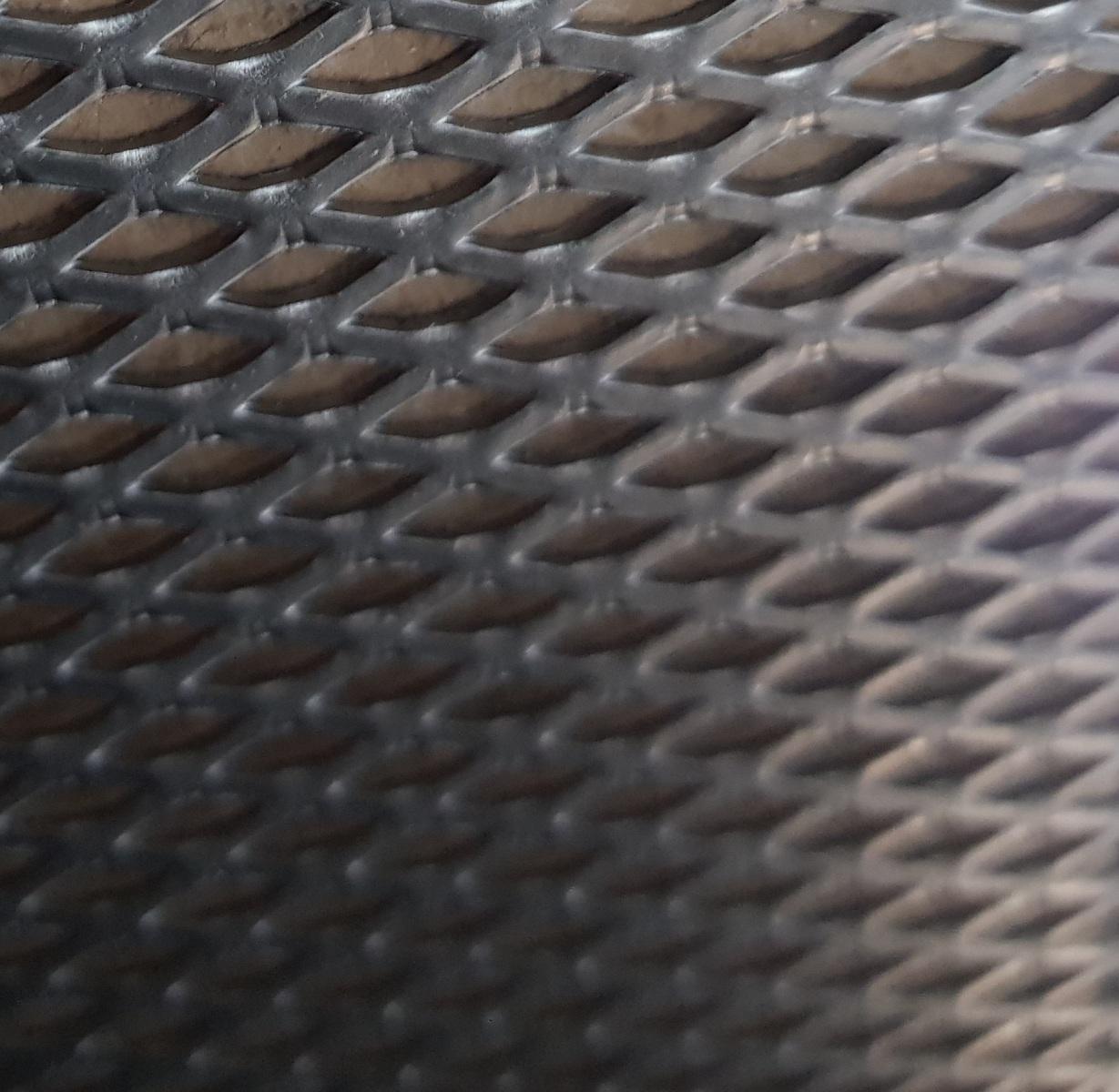 material011
